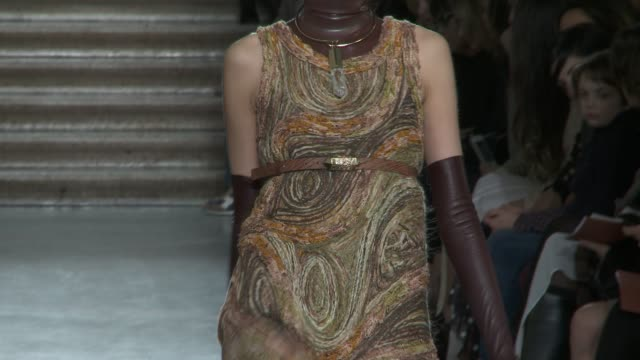 vídeos de stock, filmes e b-roll de milan fashion weekwomen a/w 2012 on february 26 2012 in milan italy - missoni