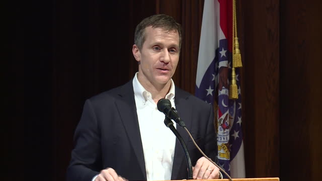ktvi missouri gov eric greitens responds to allegations of blackmail affair - 長点の映像素材/bロール