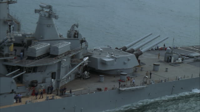 aerial, zo uss missouri on sea - battleship stock videos & royalty-free footage