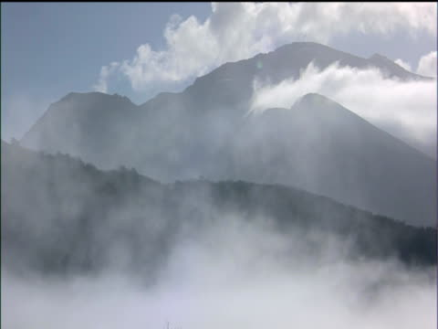 mist drifting in valleys of snowdonia national park - snowdonia stock videos & royalty-free footage