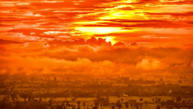 vídeos de stock, filmes e b-roll de misty no lapso de tempo do sol (hdr) - overcast