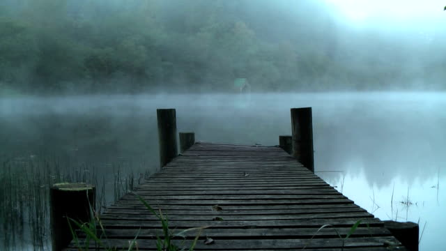 misty dawn at loch ard, the trossachs, scotland. - jetty stock videos & royalty-free footage