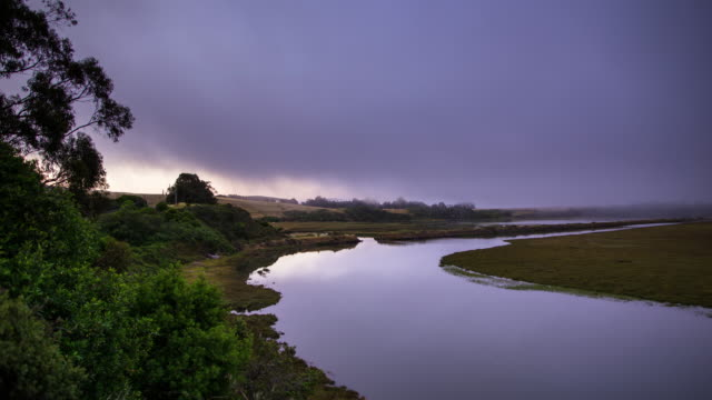 misty river bend - time lapse - river bend land feature stock videos & royalty-free footage