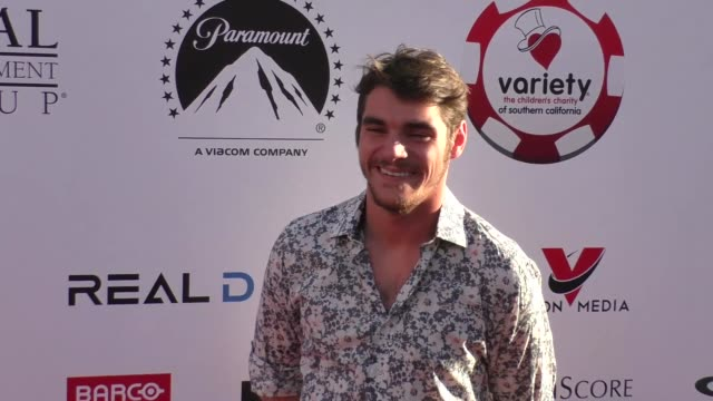 vídeos de stock, filmes e b-roll de rj mitte at the 7th annual variety the children's charity of southern california texas hold 'em poker tournament on july 26 2017 in los angeles... - texas hold 'em