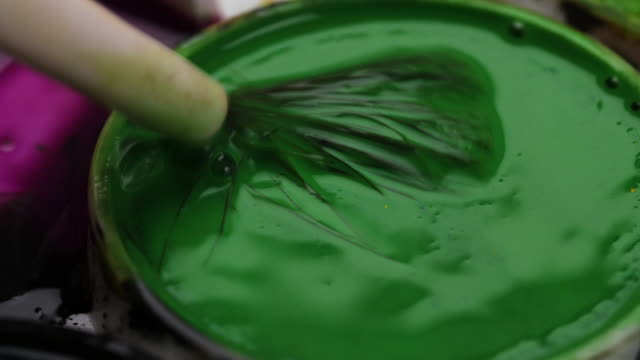 cu mixing green paint - circle stock videos & royalty-free footage