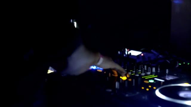 dj mixing music at club - club dj stock videos & royalty-free footage