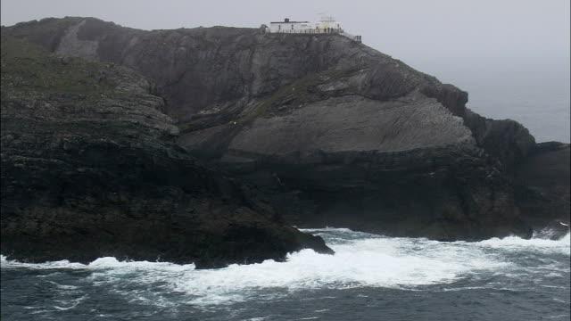Mizen Head-Luftaufnahme – Munster, Kork, Hubschrauber beim Filmen, Antenne Video cineflex, Eröffnungsszene, Irland