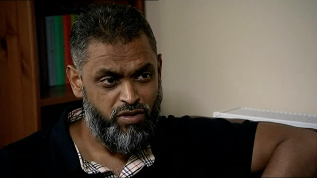 vídeos de stock, filmes e b-roll de begg interview birmingham int moazzam begg interview sot talks of his relationship with mi5 / talks of them saying they would not hinder any visit he... - moazzam begg