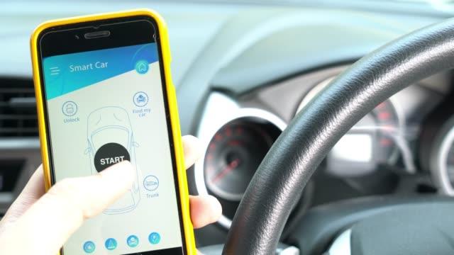 applicazione mobile per smart car e telecomando - remote control video stock e b–roll