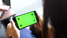 Mobile phone with green screen - Horizontal