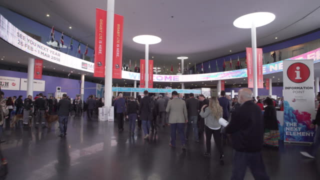 mobile world congress barcelona entrance hall - conference event stock videos & royalty-free footage