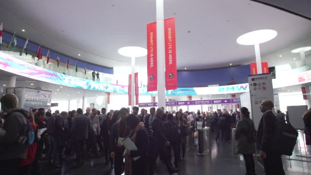 mobile world congress barcelona establishing shot - convention stock videos & royalty-free footage