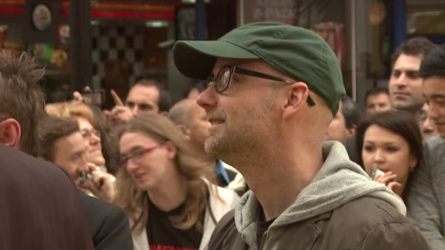 moby at the the hangover european premiere at london england. - モービー点の映像素材/bロール