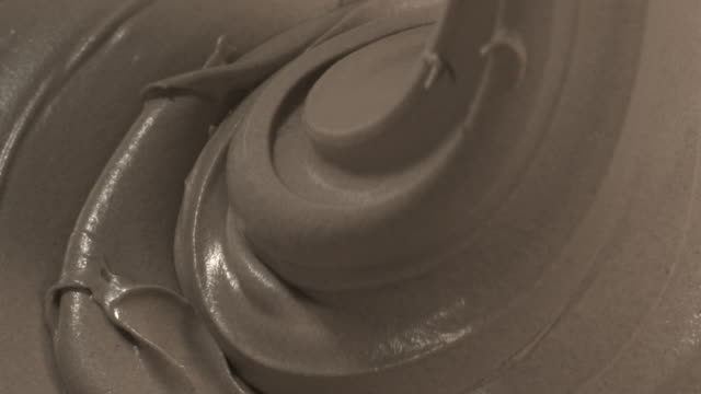 Mocha cream being poured