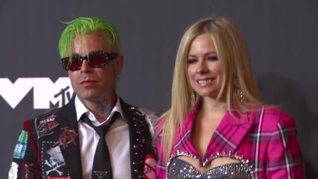 mod sun and avril lavigne arrives at the 2021 mtv video music awards at barclays center on september 12, 2021 in the brooklyn borough of new york... - mtv video music awards stock videos & royalty-free footage