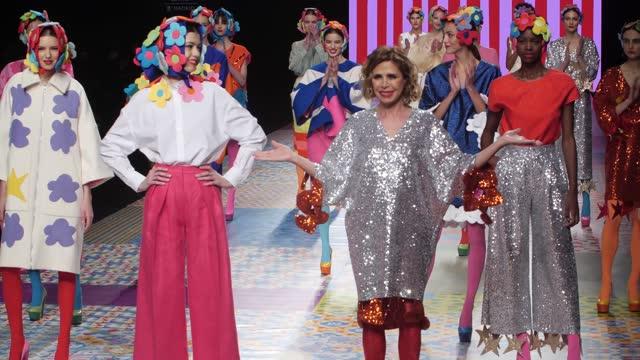 model and fashion designer agatha ruiz de la prada and models walk the runway at the agatha ruiz de la prada fashion show during mercedes benz... - catwalk stock videos & royalty-free footage