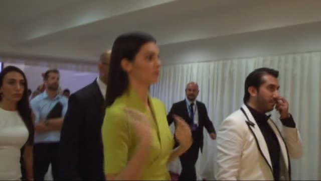 """model kendall jenner arrives to attend """"20. dosso dossi fashion show"""" at turkey's southern city antalya, turkey on june 08, 2015. - fashion show stock videos & royalty-free footage"""