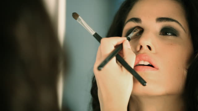 stockvideo's en b-roll-footage met model make-up - make up