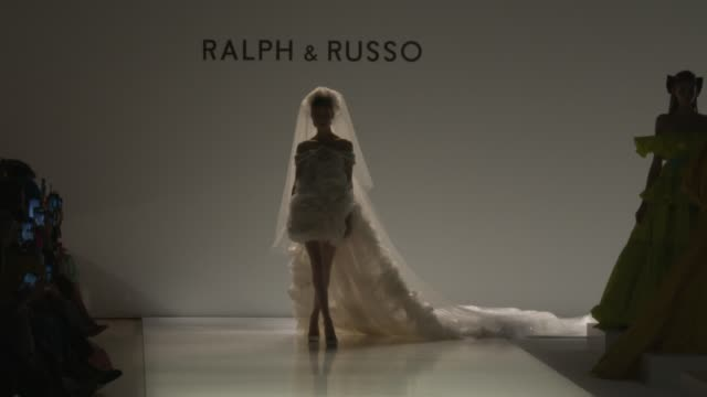 atmosphere paris fashion week haute couture spring/summer 2020 ralph russo on january 20 2020 in paris france - spring summer collection stock videos & royalty-free footage