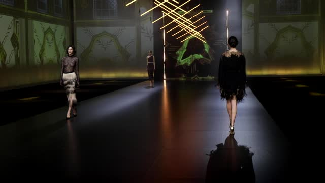 """model walks the runway at the gretel z. """"the new 20s"""" fashion show during the altaroma 2021 on february 18, 2021 in rome, italy. - sfilata di moda video stock e b–roll"""