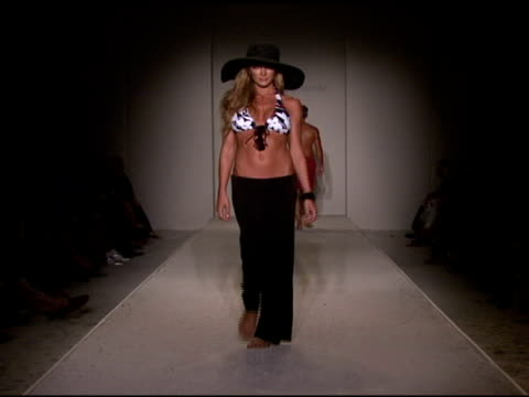 model walks the runway at tommy bahama 2009 collection fashion show during mercedes-benz fashion week swim at the raleigh hotel on july 18, 2008 in... - fashion collection stock videos & royalty-free footage