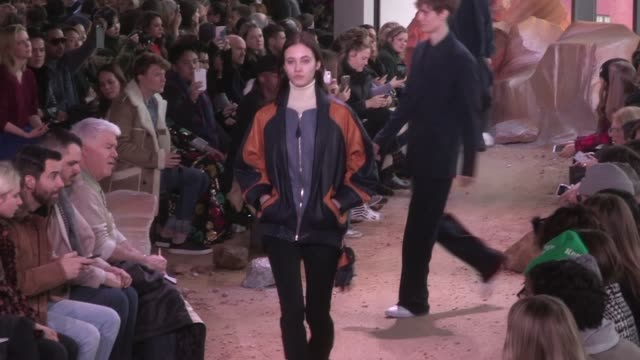 vídeos y material grabado en eventos de stock de models and designer on the runway for the lacoste ready to wear fall winter 2017 fashion show in new york city on february 11 2017 in new york usa - 2017