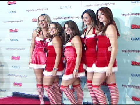 models in santa outfits at the stuff magazine 'toys for bigger boys' charity party at the hammerstein ballroom in new york new york on december 5 2006 - hammerstein ballroom bildbanksvideor och videomaterial från bakom kulisserna