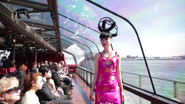 models present the creations of famous fashion designers during the j spring fashion show 2015 at a cruising boat on hudson river a part of jessica... - herumfahren stock-videos und b-roll-filmmaterial