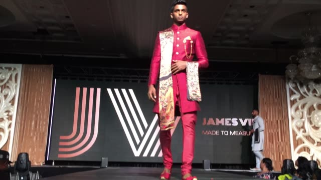 models showcase designer indian men's wedding suits during a south indian and sri lankan bridal fashion show in ontario, canada, on february 29, 2020. - indian ethnicity点の映像素材/bロール