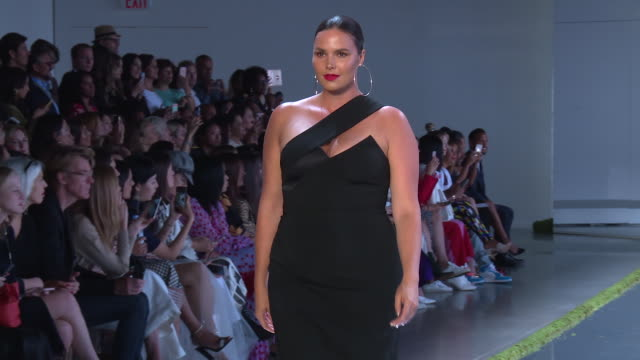 models walk the runway at cushnie et ochs runway september 2018 new york fashion week the shows at gallery i at spring studios on september 07 2018... - new york fashion week stock videos & royalty-free footage
