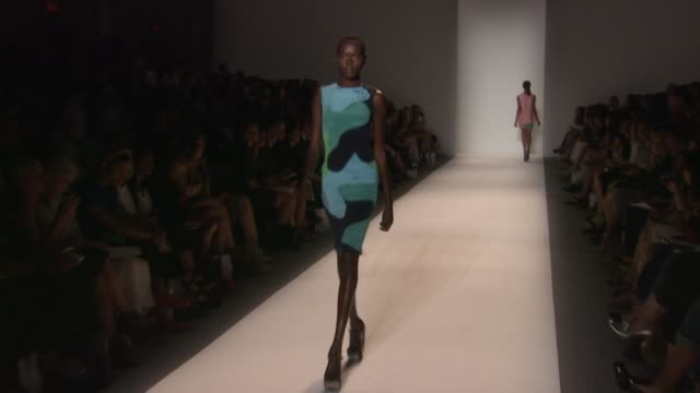 models walk the runway at lela rose - runway - spring 2013 - mercedes-benz fashion week at the studio lincoln center on september 09, 2012 in new... - mercedes benz fashion week stock videos & royalty-free footage