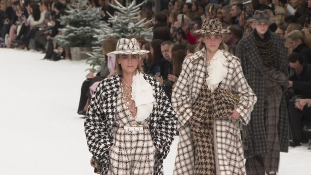 models walk the runway at paris fashion week a/w 2019/20 - chanel on march 05, 2019 in paris, france. - catwalk stage stock videos & royalty-free footage