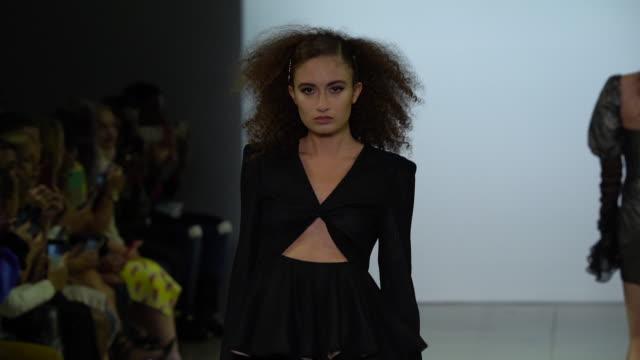 models walk the runway at vivienne hu - runway - september 2019 nyfw at gallery ii at spring studios on september 06, 2019 in new york city. - new york fashion week stock videos & royalty-free footage