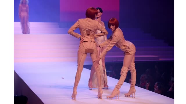 models walk the runway during the jean-paul gaultier haute couture spring/summer 2020 show as part of paris fashion week at theatre du chatelet on... - paris fashion week - haute couture spring/summer 2020点の映像素材/bロール
