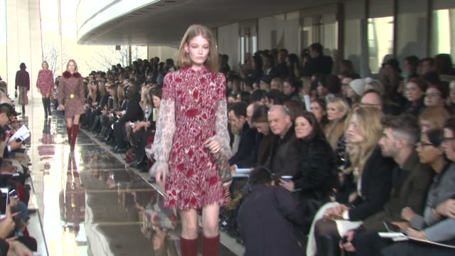 models walk the runway - tory burch - fall 2014 mercedes-benz fashion week at avery fisher hall at lincoln center for the performing arts on february... - mercedes benz fashion week stock videos & royalty-free footage