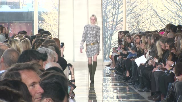 Models walk the runway Tory Burch Fall 2014 MercedesBenz Fashion Week at Avery Fisher Hall at Lincoln Center for the Performing Arts on February 11...