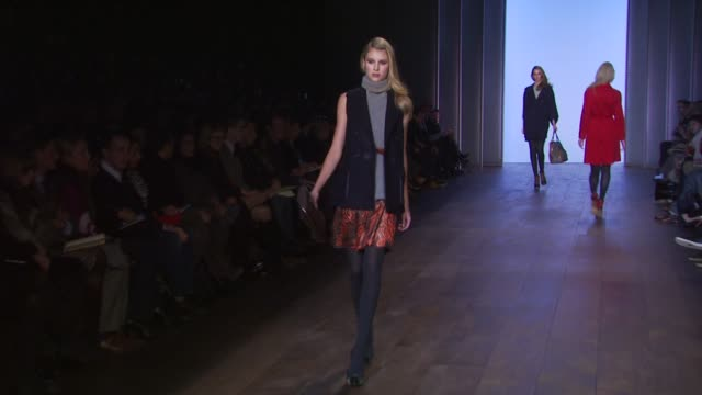 models walk the runway wearing tommy hilfiger fall 2010 collection during mercedesbenz fashion week fall 2010 at the tommy hilfiger fall 2010 mbfw at... - tommy hilfiger designer label stock videos and b-roll footage