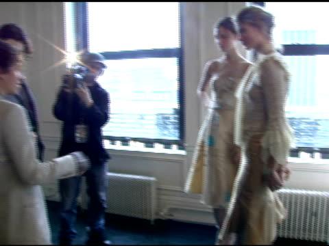 models wearing esteban cortazar fall 2006 at the olympus fashion week fall 2006 esteban cortazar presentation at michael atchison show room in new... - オリンパスファッションウィーク点の映像素材/bロール