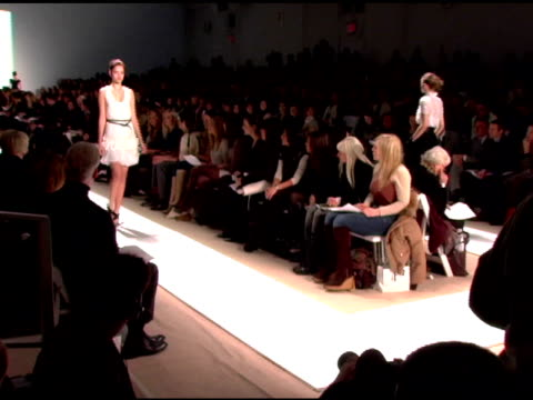 models wearing peter som fall 2007 at the mercedesbenz fashion week fall 2007 peter som runway at gotham hall in new york new york on february 7 2007 - peter som marchio di design video stock e b–roll