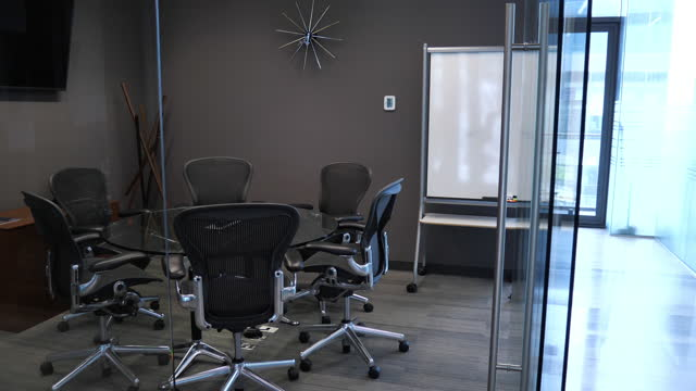 modern empty office , no people during covid-19 lockdown - comfortable stock videos & royalty-free footage