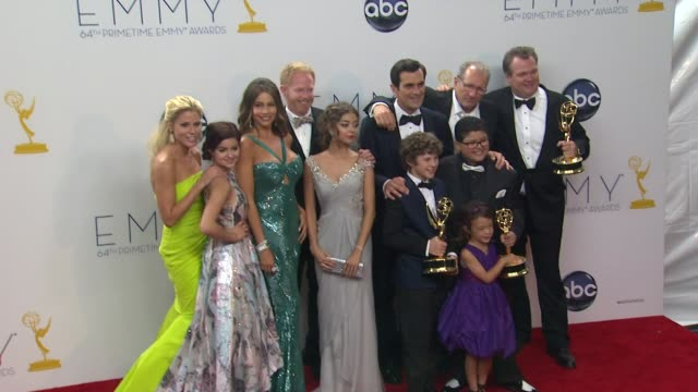 modern family cast at 64th primetime emmy awards photo room on 9/23/12 in los angeles ca - cast member stock videos & royalty-free footage