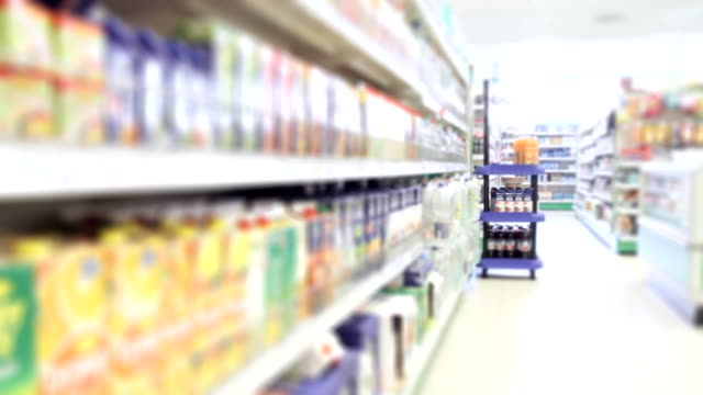 stockvideo's en b-roll-footage met modern grocery store - plank meubels