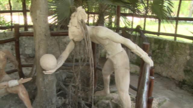 vídeos y material grabado en eventos de stock de ms, pan, modern sculptures, playa del carmen, quintanaroo, mexico - playa del carmen