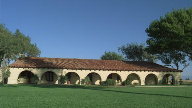 ms, modern spanish style ranch house - ranch house stock videos & royalty-free footage