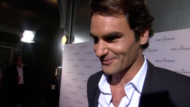 moet & chandon celebrates its 270th anniversary with new global ambassador international tennis champion, roger federer on august 20, 2013 at chelsea... - samantha mathis stock videos & royalty-free footage