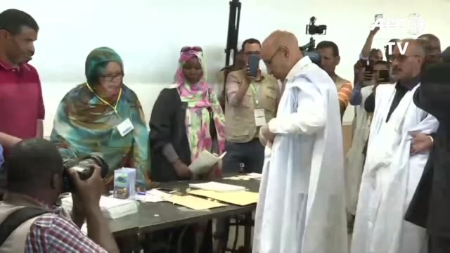 mohamed ould ghazouani 62 year old former general and ruling party candidate in mauritania's general election casts his vote at a nouakchott polling... - nouakchott stock videos & royalty-free footage