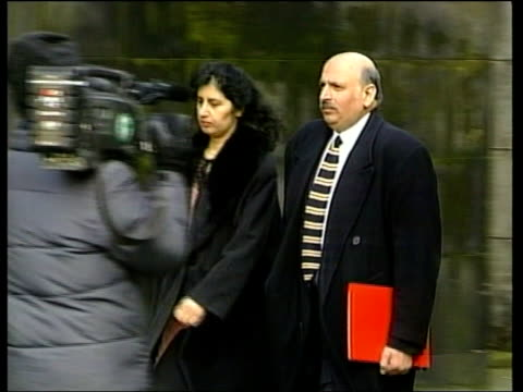 Mohammed Sarwar trial ITN Day Mohammed Sarwar MP and wife along to court BSP260199034