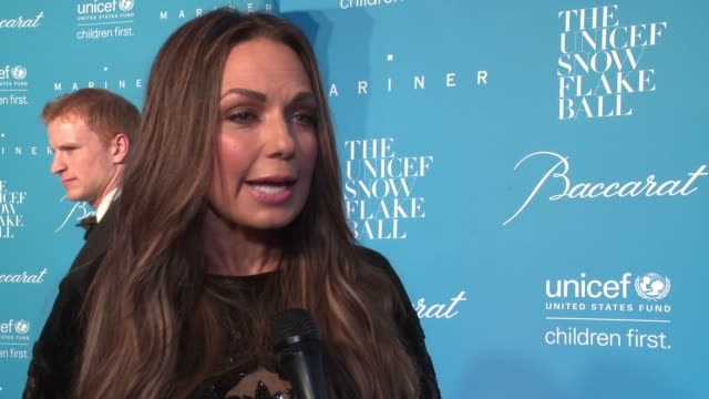 interview moll anderson on supporting unicef at 12th annual unicef snowflake ball at cipriani wall street on november 29 2016 in new york city - cipriani manhattan stock videos & royalty-free footage