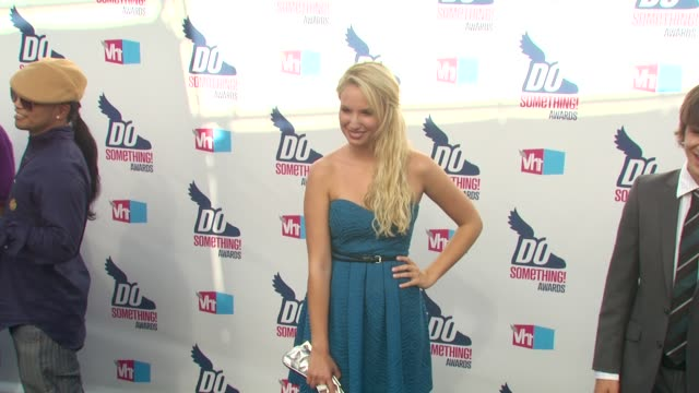 molly mccook at the 2010 vh1 do something awards at hollywood ca. - do something organization stock videos & royalty-free footage