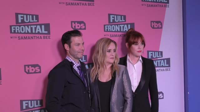 molly ringwald, samantha bee & brett weitz at the full frontal with samantha bee fyc event at writer's guild theatre in beverly hills in celebrity... - molly ringwald stock videos & royalty-free footage